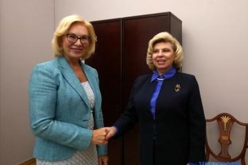 Denisowa und Moskalkowa einigen sich auf medizinische Hilfe für ukrainische politische Häftlinge in Russland