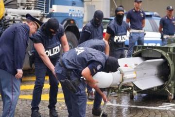 In Italien Personen festgenommen, die im Donbass Söldner waren