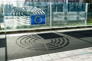 Virus: EU-Parlament schränkt sämtliche öffentlichen Veranstaltungen darunter Ukrainische Woche ein