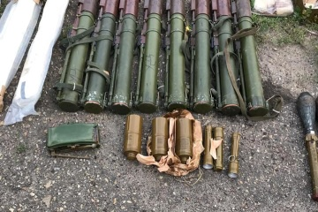 Гранатометы, мины, патроны: на Луганщине изъяли схрон боеприпасов