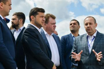 Presidente:  Queremos que haya un aeropuerto en Cherkasy