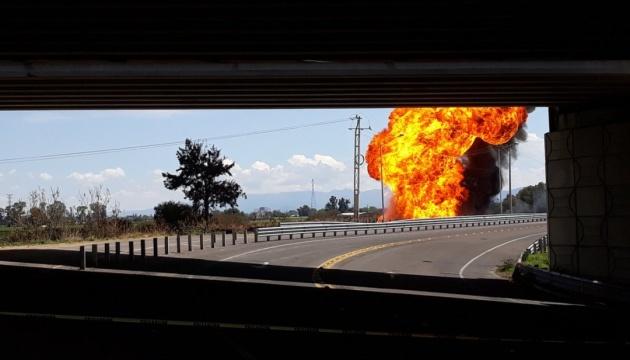 У Мексиці стався вибух на стратегічному нафтопроводі, є постраждалі