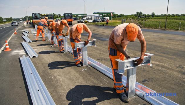 Уряд пропонує запланувати в бюджет-2020 75 мільярдів на будівництво доріг
