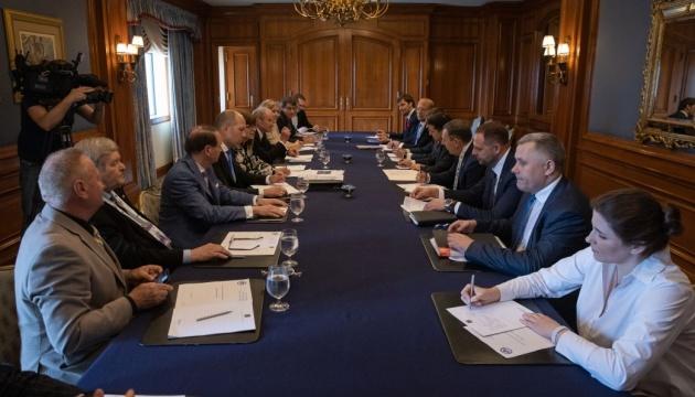 Діаспора допоможе Україні із подвійним громадянством