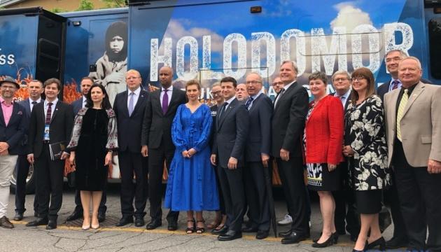 Зеленський у Канаді вшанував пам'ять жертв Голодомору