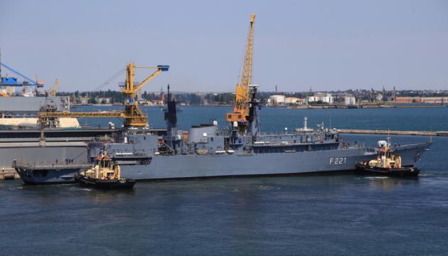 До Одеси зайшли фрегати НАТО та британський есмінець