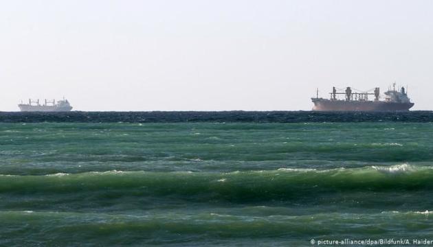 """Тегеран вызвал """"на ковер"""" посла Британии из-за задержанного танкера"""
