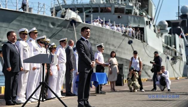 В Одесі за участю Президента відбуваються урочисті заходи з нагоди Дня ВМС