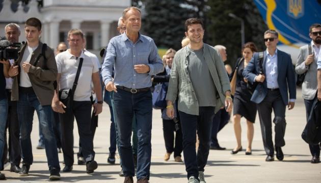 Зеленський і Туск відбули до Луганської області
