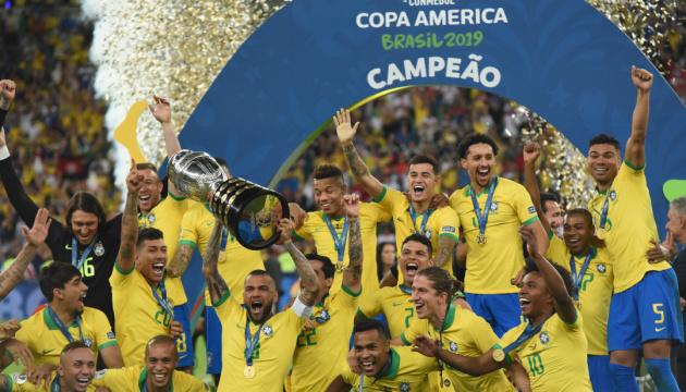 Бразилія перемогла Перу і виграла Кубок Америки з футболу