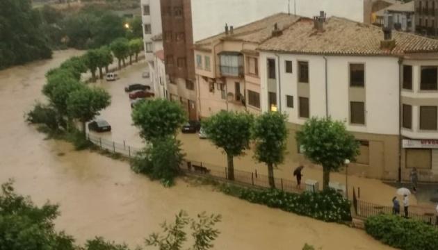 Північ Іспанії затопило, є жертви