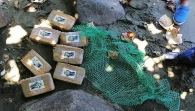 На узбережжя Філіппін викинуло пакетів з кокаїном на кілька мільйонів