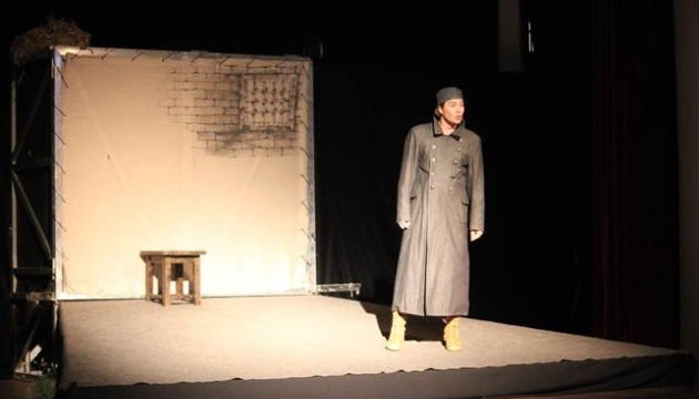 У Івано-Франківську відбувся показ благодійної вистави, в якій зіграв Нищук