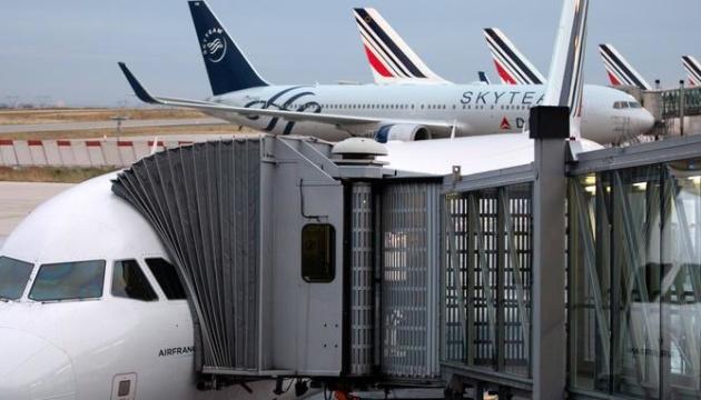 Франція запровадить екоподаток на авіаквитки у 2020 році