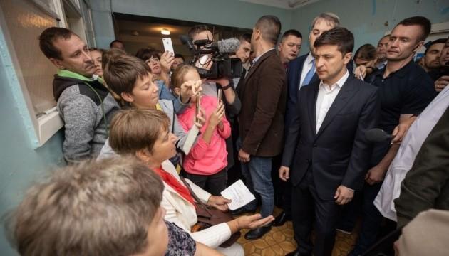 Зеленський закликає владу Борисполя за рік побудувати нову лікарню