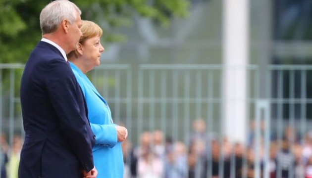 Меркель знову стало зле