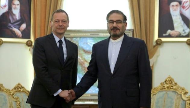 Радник Макрона проводить у Тегерані переговори щодо збереження ядерної угоди