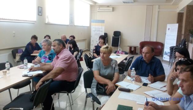 Лідер чи адміністратор: У Миколаєві обговорили роль старост в ОТГ