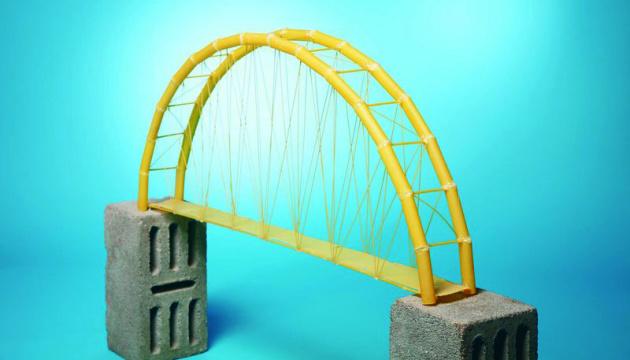 «Мост» на одном берегу: Про «надо» или «не надо» поговорить…