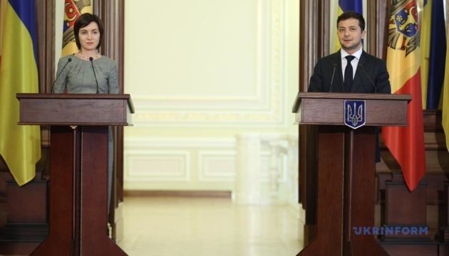 Zelensky, Sandu discuss prospects of uniting energy systems with Europe