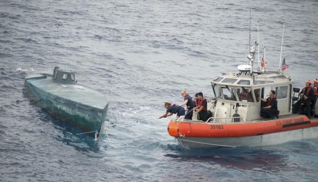 Берегова охорона США на ходу зупинила субмарину з тоннами кокаїну