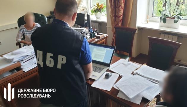 ДБР прийшла з обшуками до фіскальної служби та на Харківську митницю