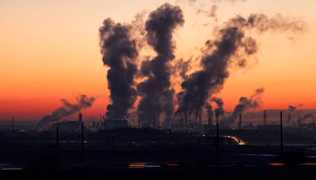 Вчені знайшли зв'язок між забрудненням повітря і хворобами серця