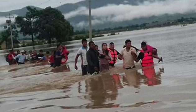 Повінь у Непалі забрала вже 60 життів