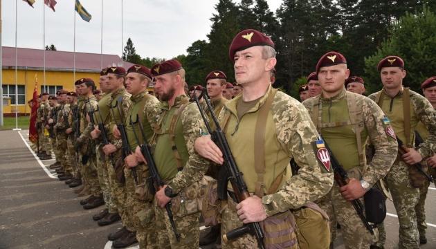 Полковник зі США розповів, чим його вразили українські десантники