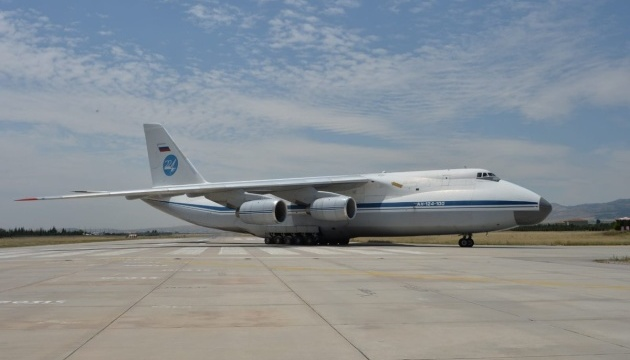 До Туреччини прибув тринадцятий літак з деталями С-400