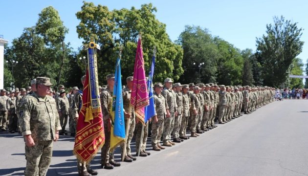 Нова Каховка зустріла бійців 57-ої бригади з передової