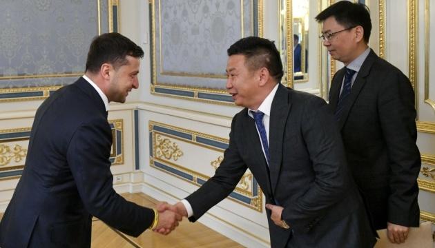 Зеленский обсудил с китайскими инвесторами разработку газовых месторождений