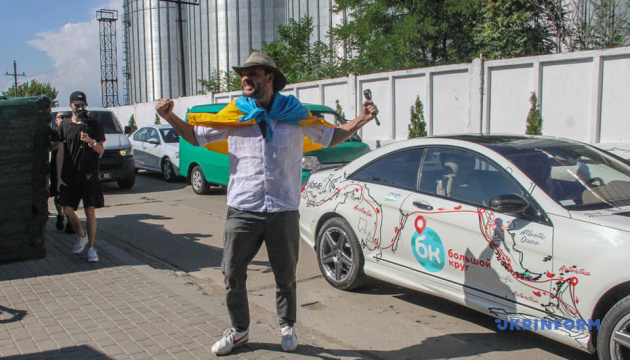Шесть континентов без самолета: путешественник Сурин установил три рекорда Украины