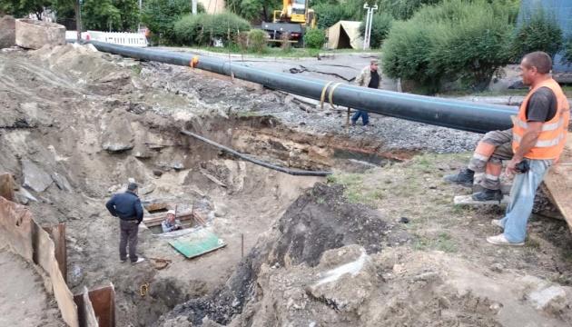 В Киеве ремонтируют Мостицкий коллектор