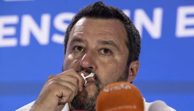 Главі МВС Італії можуть оголосити недовіру через російське фінансування