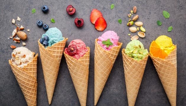 Останні вихідні липня: велопарад дівчат та фестиваль морозива