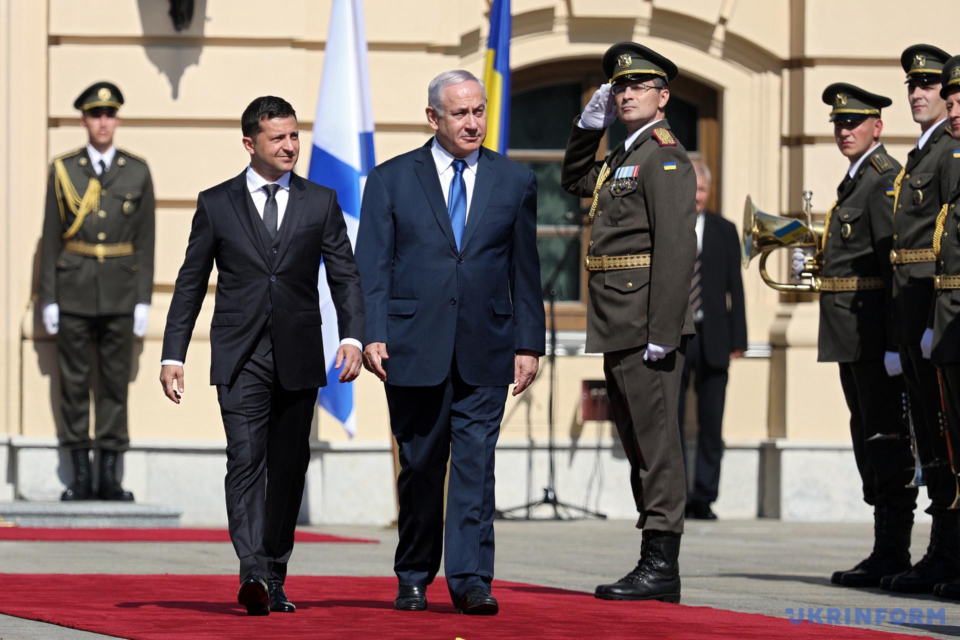 В Киеве состоялась официальная церемония встречи Владимира Зеленского и Биньямина Нетаньяху / Фото: Даниил Шамкин. Укринформ