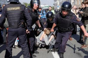 Більше половини росіян очікують нових масових протестів