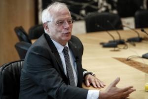Borrell: La UE debe apoyar a Ucrania y responder a los desafíos de Rusia