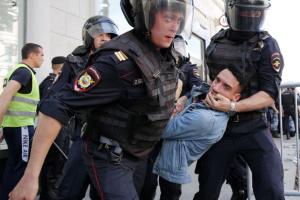 """Третина росіян вважає, що у країні """"звичайній людині"""" відстояти свої права неможливо"""