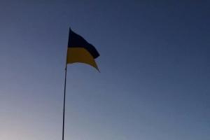 Auf der Krim hissen Patrioten Nationalflagge der Ukraine