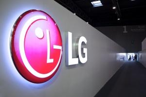 """LG запатентовала """"умный"""" браслет с гибким дисплеем"""