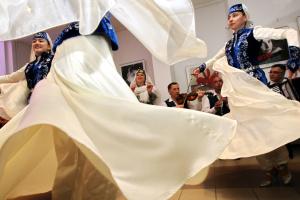 Діти в окупованому Сімферополі записали кримськотатарську пісню українською