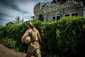 Donbass: Besatzer verletzen 23 Mal die Waffenruhe, ein Soldat gefallen