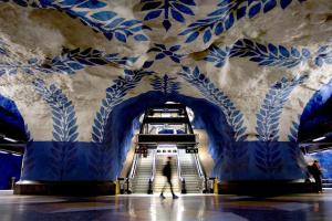 У вагонах стокгольмського метро встановлять камери спостереження