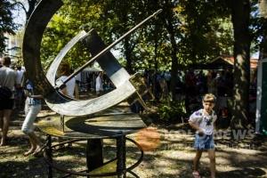 В честь погибшего в АТО кузнеца выкуют 300-килограммовые солнечные часы