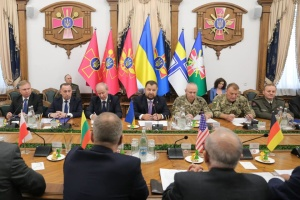 Defense minister, chief of general staff meet with strategic NATO advisers