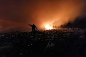 На Черкащині сталися пожежі на двох звалищах