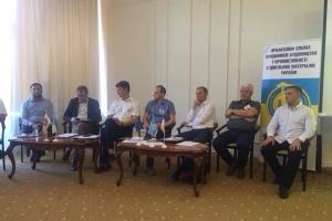 «Молоді треба дати можливість гідно і легально заробляти на будмайданчиках в Україні», –  голова НЕБАУ Віктор Лещинський