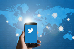 Twitter більше не рекламуватиме державні ЗМІ